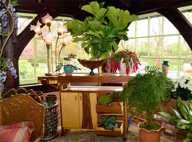 A Pretty Place for Potting